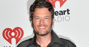 LAS VEGAS, NV - SEPTEMBER 19:  Musician Blake Shelton attends the 2015 iHeartRadio Music Festival at MGM Grand Garden Arena on September 19, 2015 in Las Vegas, Nevada.  (Photo by David Becker/Getty Images for iHeartMedia)