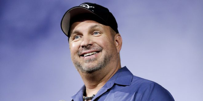 1405020129000-AP-MUSIC-GARTH-BROOKS-65748348