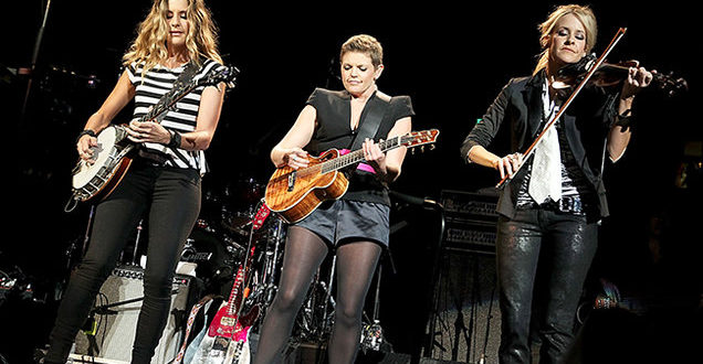 dixie-chicks-performance-2011-billboard-650