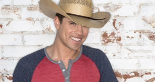 dustin-lynch-2015-650-430