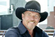 trace-adkins-press-2015-billboard-650