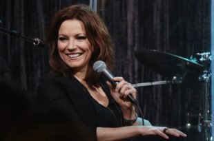 martina-mcbride-new-album-2016