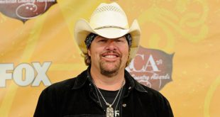 country-musician-toby-keith-net-worth