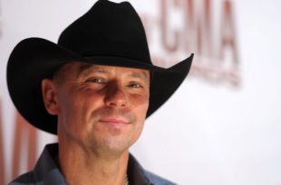 gty_kenny_chesney_thg_120613_wmain