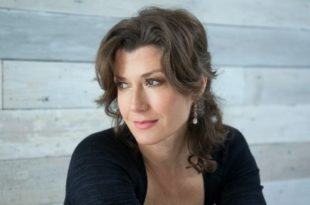 amy-grant-love-song