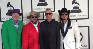 The-Mavericks-at-The-Grammys_1_t479