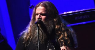 jamey-johnson-65d4ce69-4550-44d7-aad5-d067cee2dedd